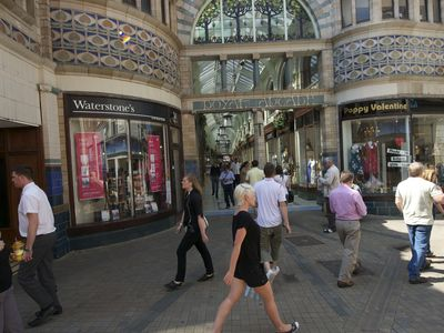 Thumb shopping norwich arcade